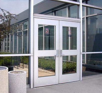 aluminum-storefront-door